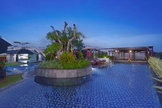フェイブホテル ・クタ・カルティカプラザ メインプール(イメージ)
