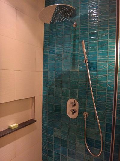ファミリールーム シャワー2