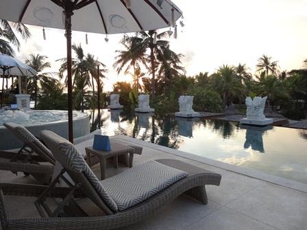 バリマンディラビーチリゾート&スパ アズールビーチクラブのプール