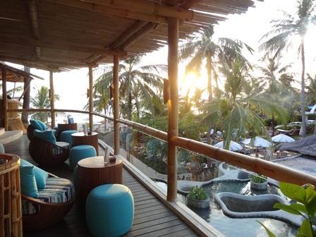 バリマンディラビーチリゾート&スパ アズールビーチクラブの2階席